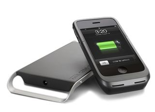 Case-Mate-iPhone-3G-3GS-Hug-Wireless-Charging-Pad-and-Case
